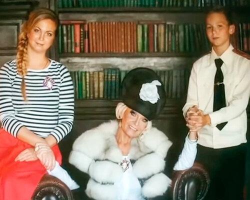 «Похожа на бабку!»: Как выглядит внучка Светланы Светличной и Владимира Ивашова