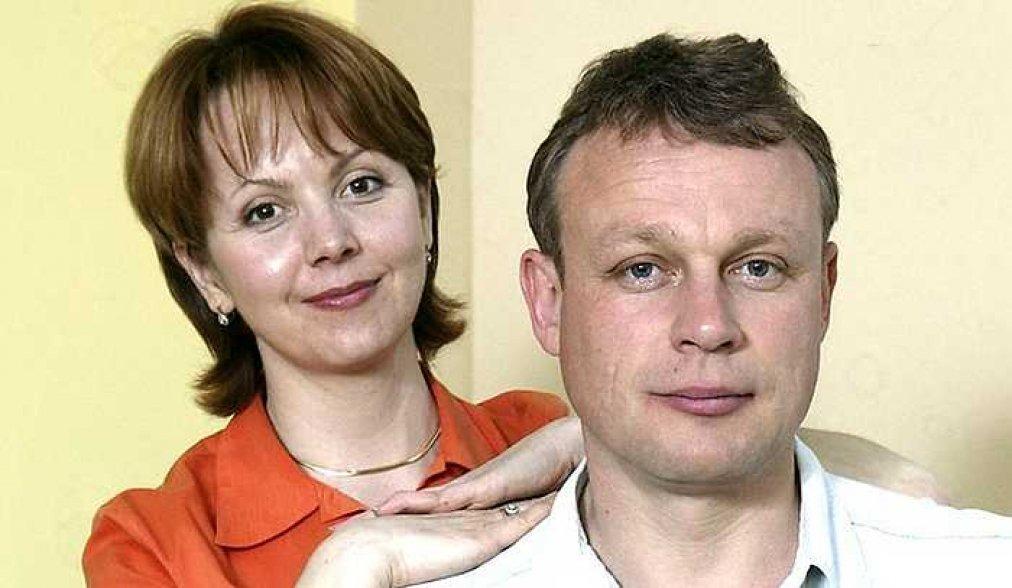 Дала мужу 2-ой шанс и снова вышла за него замуж. Как Вера Новикова пережила 2-ой развод с Жигуновым
