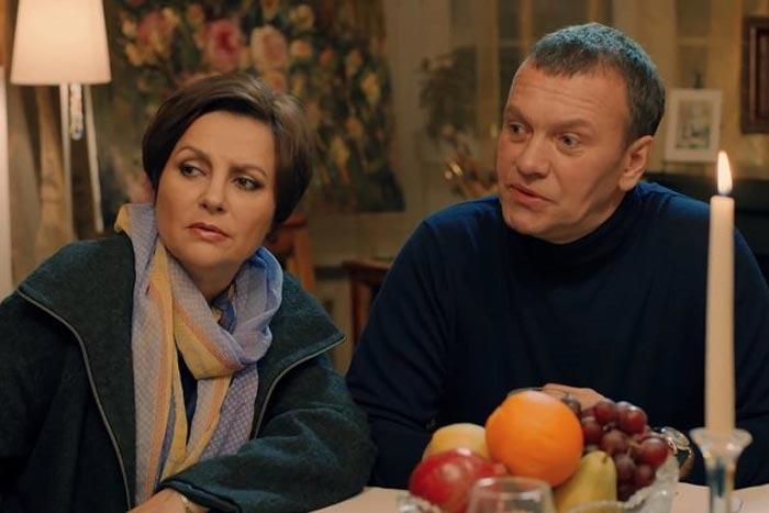 Елена Мольченко: pоковой а6оpт, приемный сын-инвалиg, пагубная привычка мужа