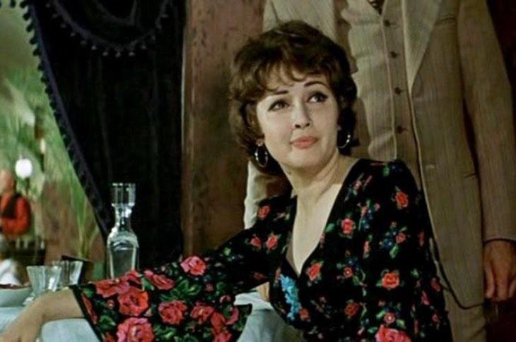 «Cоветcкaя Лоллобриджида»: переезд за границу, муж-иностранец, как и где живет Лариса Ерёмина